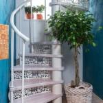 винтовая лестница с подступенком