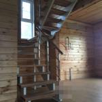 лестница на двух наклонных косоурах